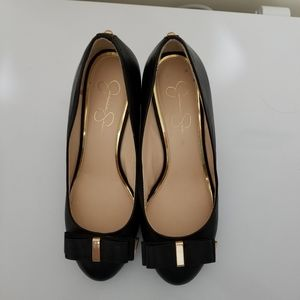 Jessica Simpson Black with Gold Wedge Heal Pump